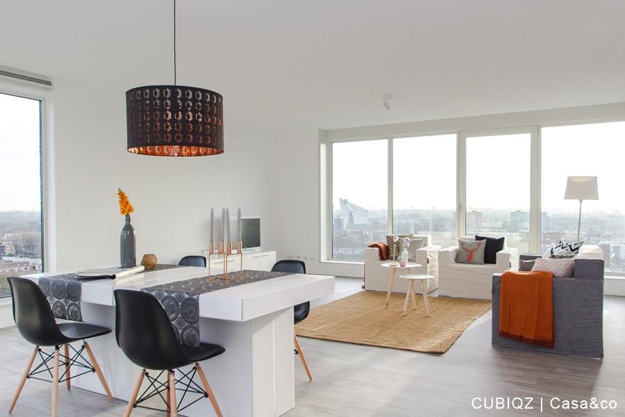10. CUBIQZ muebles de cartón. FUNDA EN COLOR OFF WHITE Y GRACE