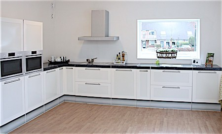 cubiqz cardboard kitchen