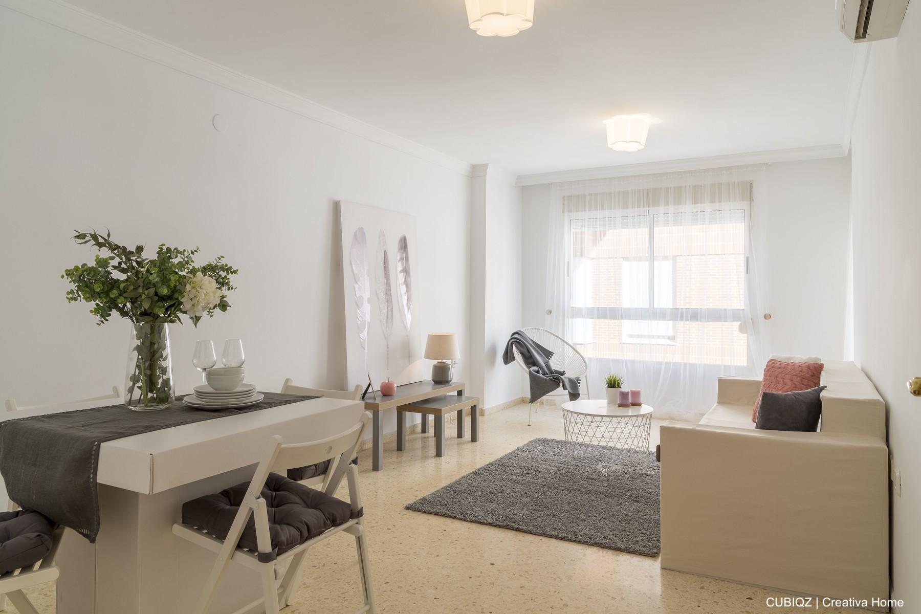 01. HomeStaging con muebles de cartón cubiqz para salón